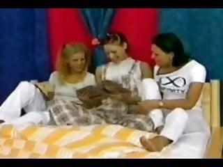 Mom daughter lesbian torrent - Mom not her daughter lesbian girlfriend
