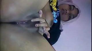 malay- tudung suka lancap 2