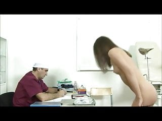 Hot doctors fuck - Hot young heddie fucked by dirty old doctor