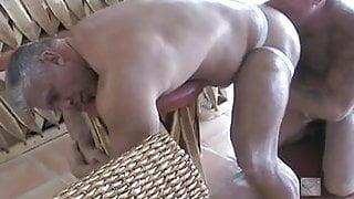 Ass plucking