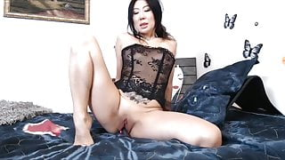 naughty asian mom play with battered holes