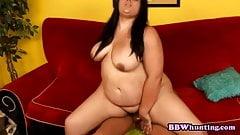 Fat slut gets orgasmic in reverse cowgirl posish