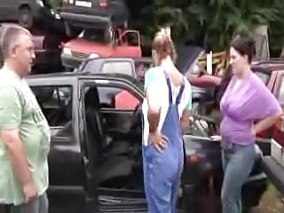 Old mom young girl fucking - Daddy fuck mom and teen girl outdoor