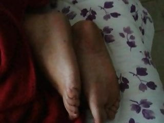 Mature amateur aunt videos - Aunt resting foot play