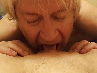 Cum eating man pussy soaked woman Old man eats pussy of young woman