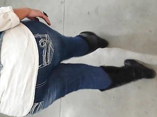 Sexy step dauder My sexy step moms ass