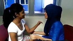 Kerala Muslim and Hindu girls lesbian