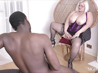 Fuck the mature pussy videos Black bull fucks a white mature pussy