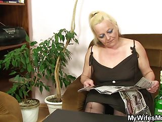Motherinlaw fuck story - Old blonde motherinlaw rides his cheating cock
