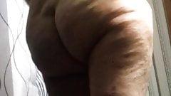 Hidden camera again Gilf Rose bbw ass just out of shower