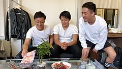 Caught friend looking at porn ! Japanese boys have threesome