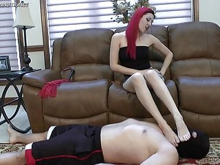 Asian bitch dominating - Femdom barefoot bitch dominates male slave