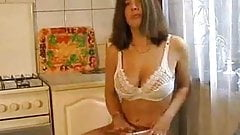 Tamara stripping and masturbating 4