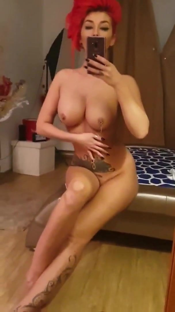 Attractive Turkish Naked Pictures