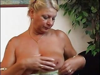 Big chubby granny hard - Chubby granny sucking and riding a big dong