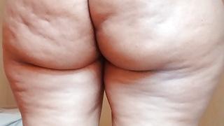 Big Ass Ebony fingering Ass