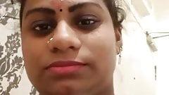 Tamil bhabhi gives blowjob