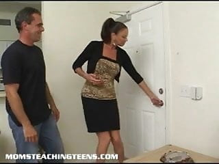 Milf melissa and missy - Teen missy gets analed under the guidance of milf vanessa