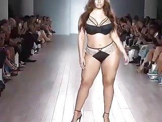Size lingerie Big size - top models