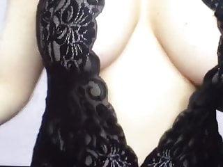 Yo sluts - Greek milf slut 37 yo showing her boobs part 1
