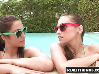 We live together lesbo - Realitykings - we live together - pretty pussies