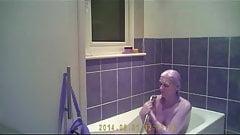Sarah D bath time