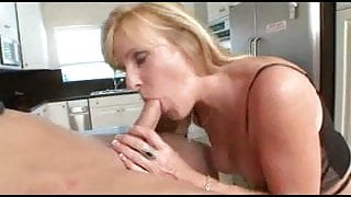 NINA - Granny Cum Freak in Stockings