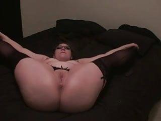 Sexie open revieling lingerie Kai lee open legs