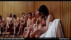 Celebrity actriz britt ekland escenas de películas desnudas y eróticas