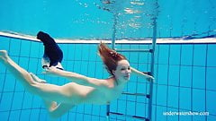 Avenna hot naked sexy underwater teen
