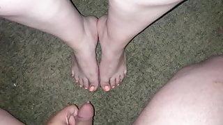 Latina slut lets me shoot my cum all over her sexy feet (Cum