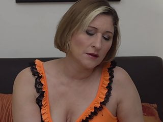Largest ass and tits Real mature mom with amazing big ass and tits