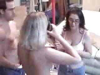 Juicy jewish pussy - Two amateur sluts in group sex