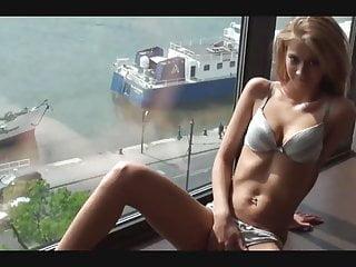 Opps bikini naked - Penel fer re oppe