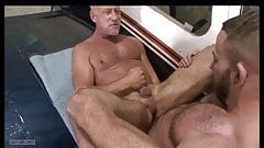 Daddy legs fucked and cums