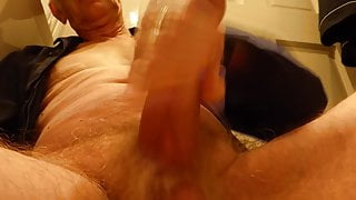 A quick wank before bed.