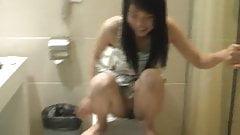 Xiaofei - Chinese Model Squatting & Peeing