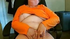 Granny Masturb to a Webcam R20