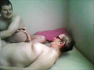 Abuelas fuck A la abuela le gusta que la toquen