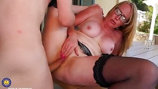 Anal sex with mom on her holiday