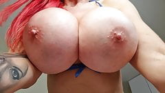 Tania amazon peitos grandes e falsos