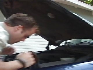 Rotary yarn bonnets with scrub strips Teen slut gets pounded on the bonnet of her car