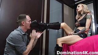Foot worship with bratty Princess Natalya Vega