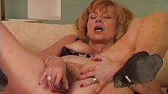 Granny uses a vibrator
