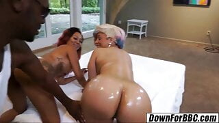 DOWN FOR BBC – Brothers go for crazy Korean girl Kimmi Stephens