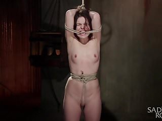 Homemade extreme bondage - Brunette hottie in extreme bondage