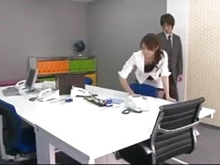 Women vibrators in office - Office honey makis boss takes out vibrators and tunes up he