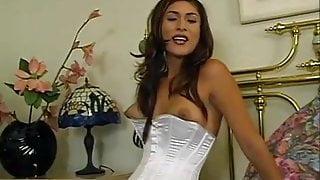 Monica Odaliz fucks and sucks