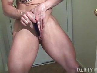 Blowjop on sex muscle Brandimae hot muscle goddess masturbating