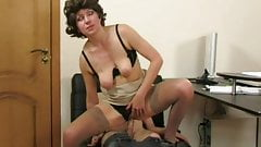 Perfect mom pleases her young lover